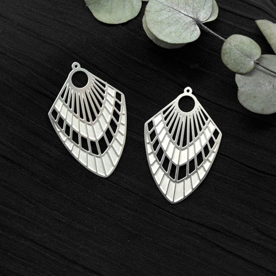 """4 Stainless steel Charms """"Silver Feathers"""""""