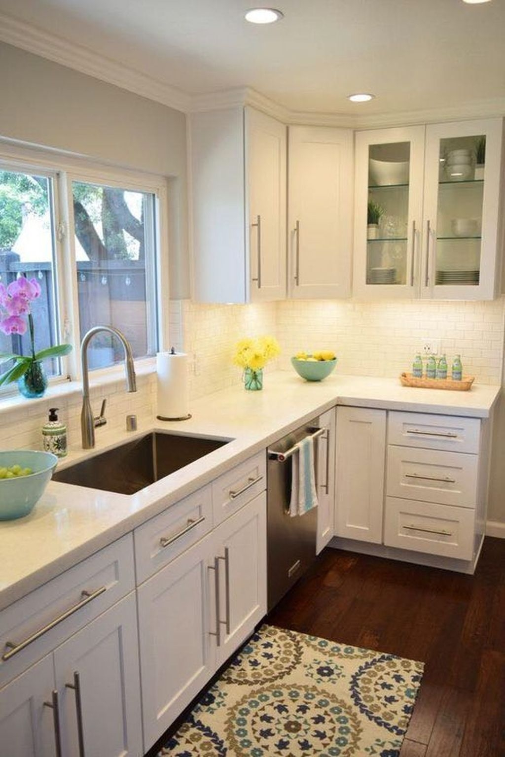 Amazing White Kitchen Design Ideas Which Will Make You Like Cooking 03
