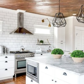 Amazing White Kitchen Design Ideas Which Will Make You Like Cooking 09
