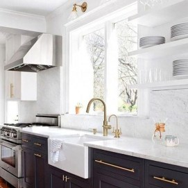 Amazing White Kitchen Design Ideas Which Will Make You Like Cooking 34
