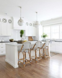 Amazing White Kitchen Design Ideas Which Will Make You Like Cooking 49