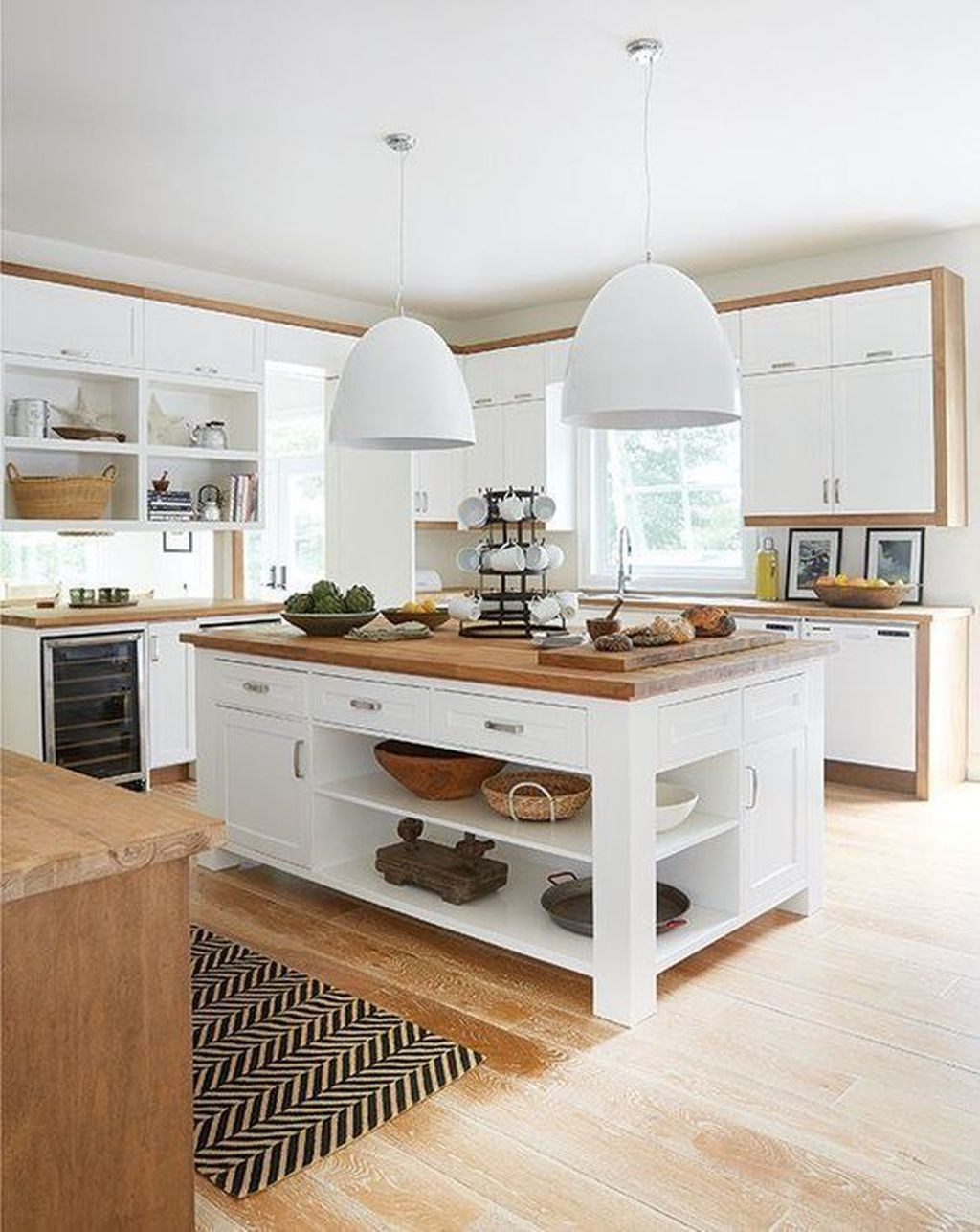 Amazing White Kitchen Design Ideas Which Will Make You Like Cooking 50