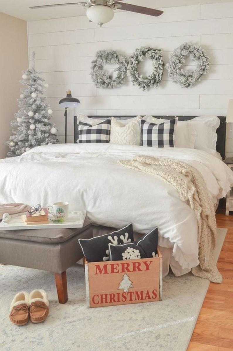 Amazing Winter Home Decoration Ideas 06