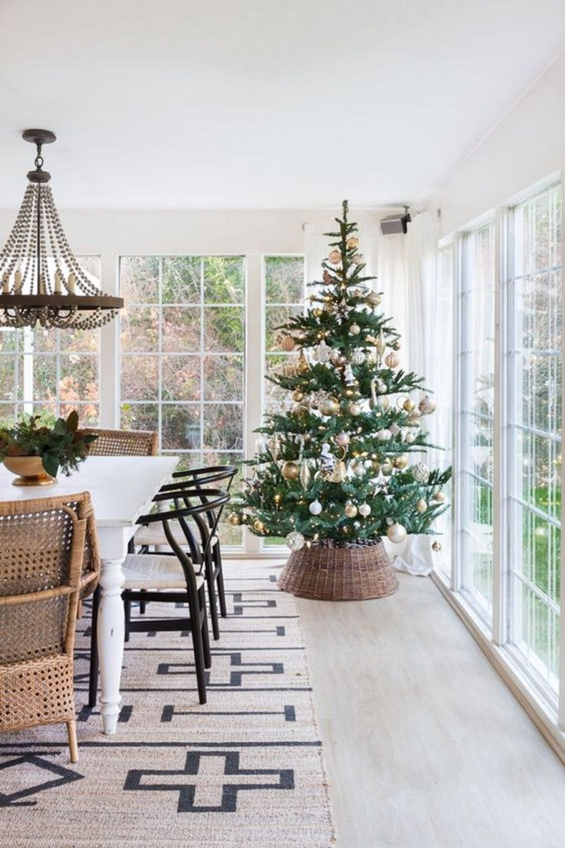 Amazing Winter Home Decoration Ideas 32