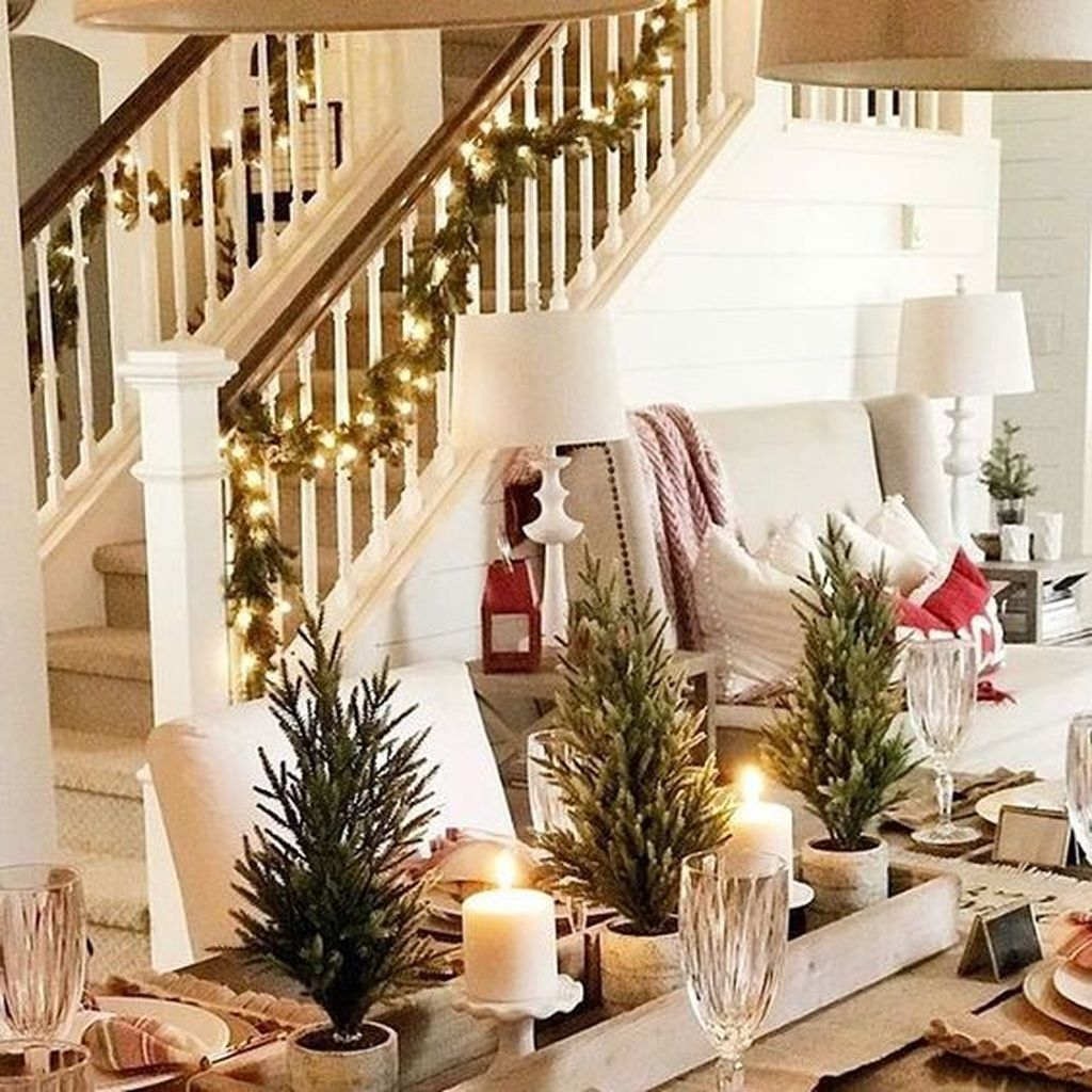 Amazing Winter Home Decoration Ideas 33