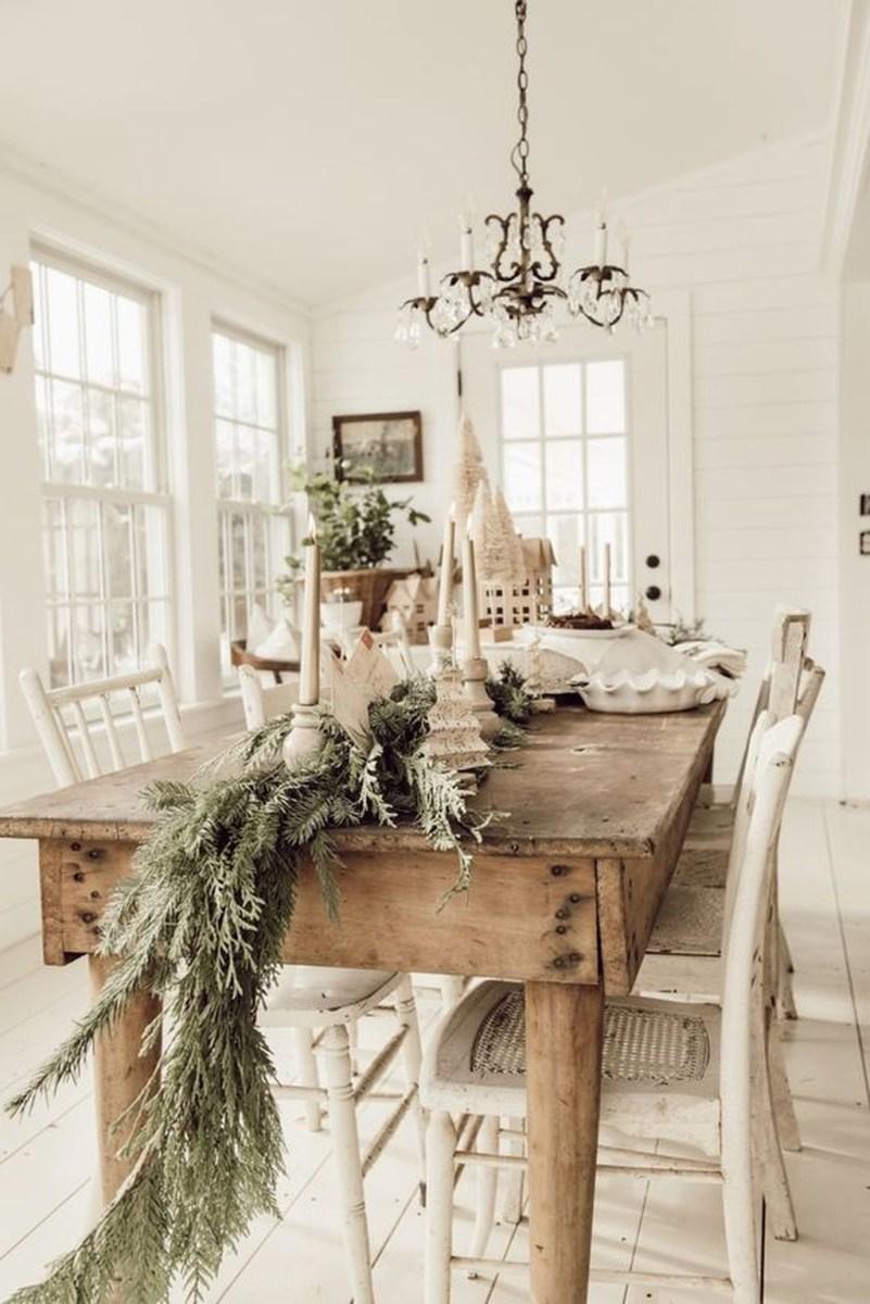 Amazing Winter Home Decoration Ideas 39