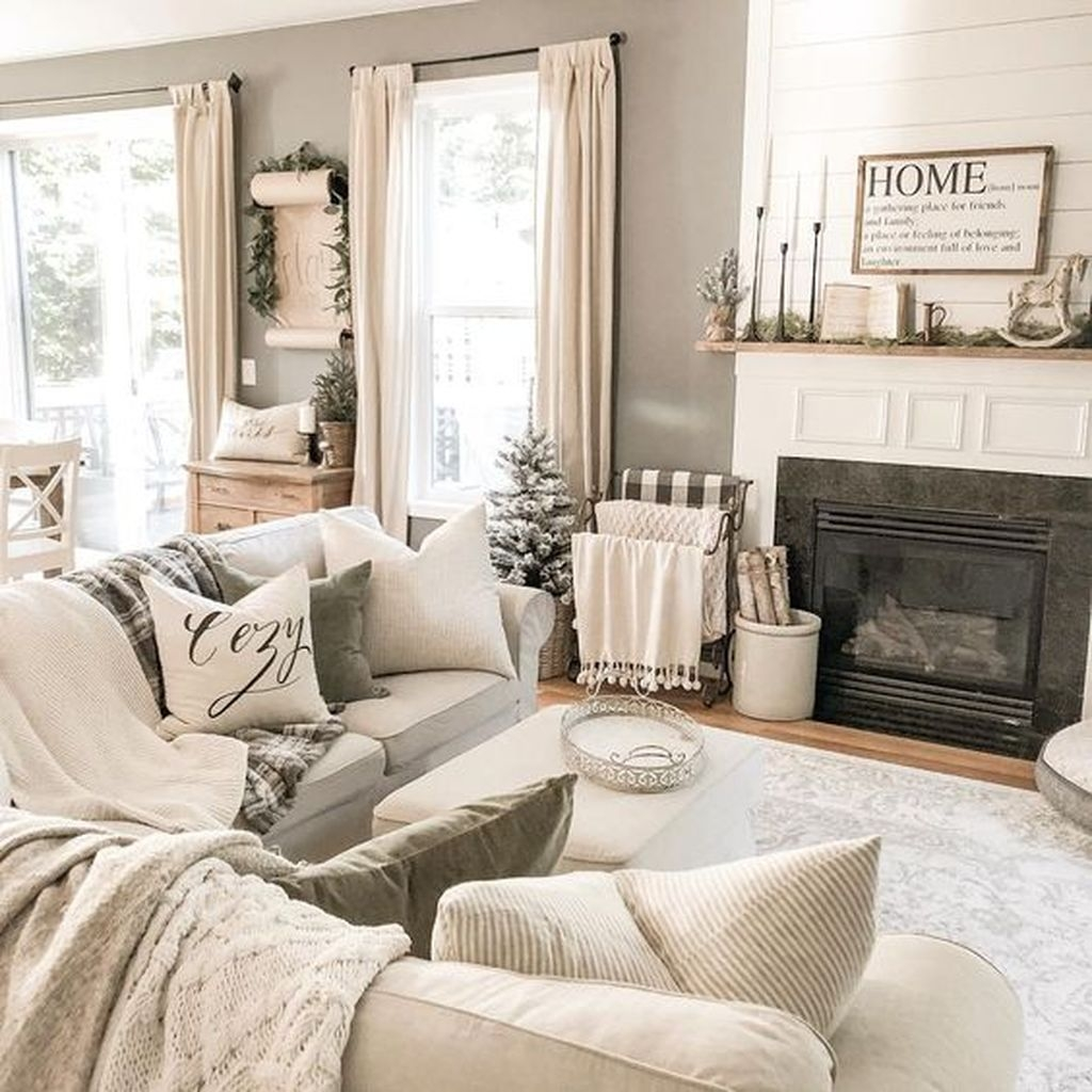 Awesome Winter Simple Living Room Decor Ideas You Must Try 12