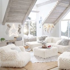 Awesome Winter Simple Living Room Decor Ideas You Must Try 34