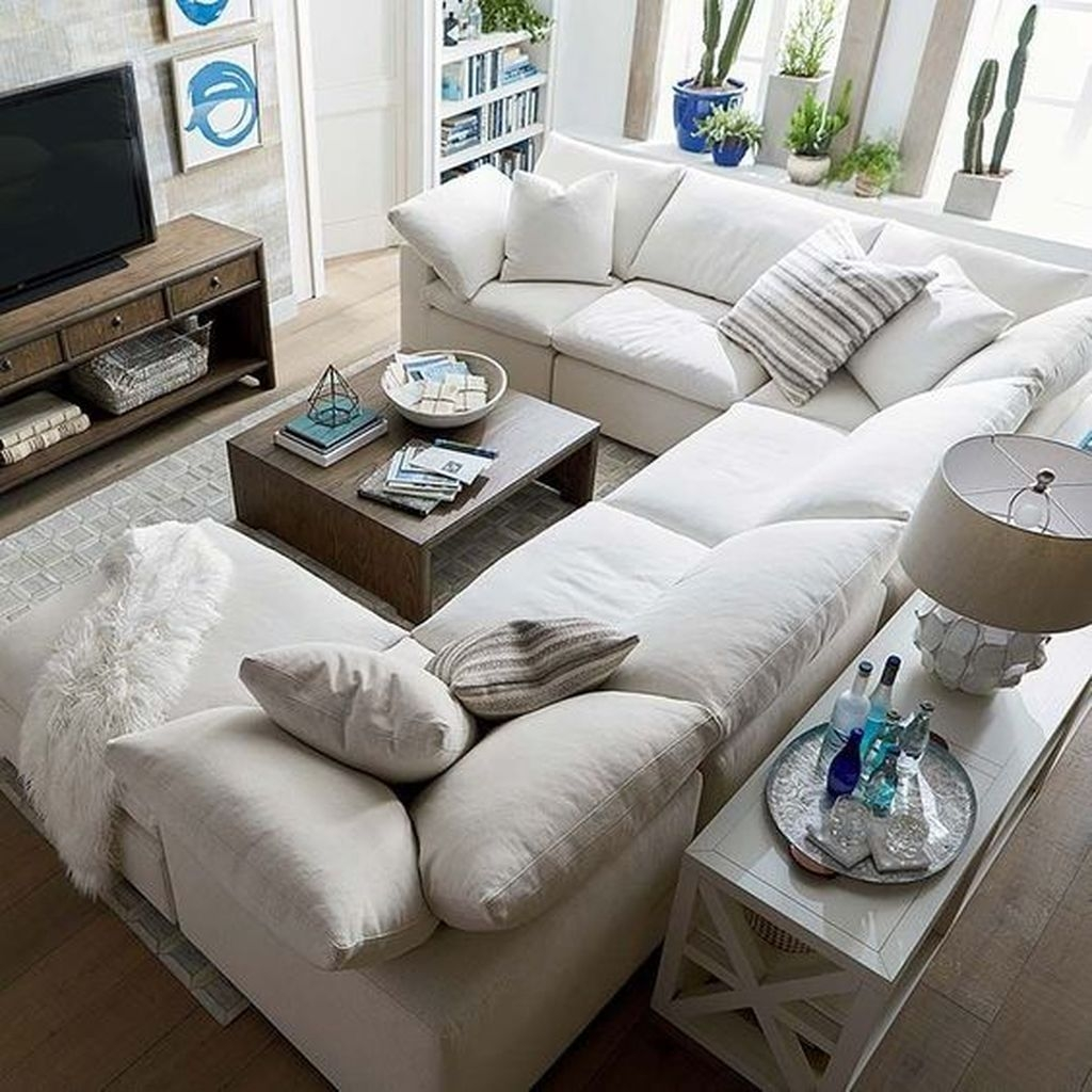 Awesome Winter Simple Living Room Decor Ideas You Must Try 35