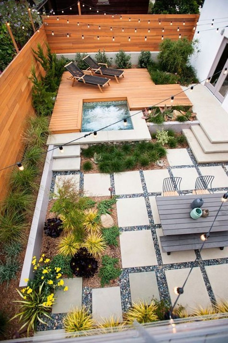 Beautiful Small Backyard Landscaping Ideas 20