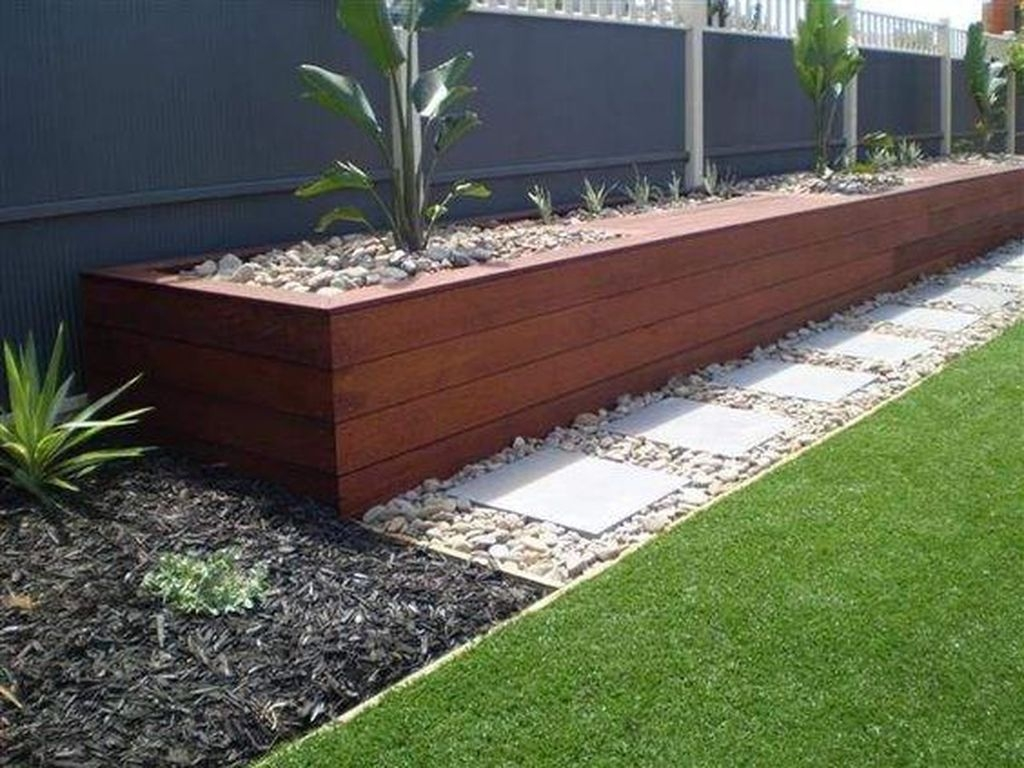 Beautiful Small Backyard Landscaping Ideas 36