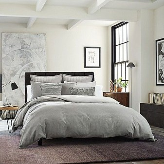 Lovely Winter Master Bedroom Decorations Ideas Best For You 31