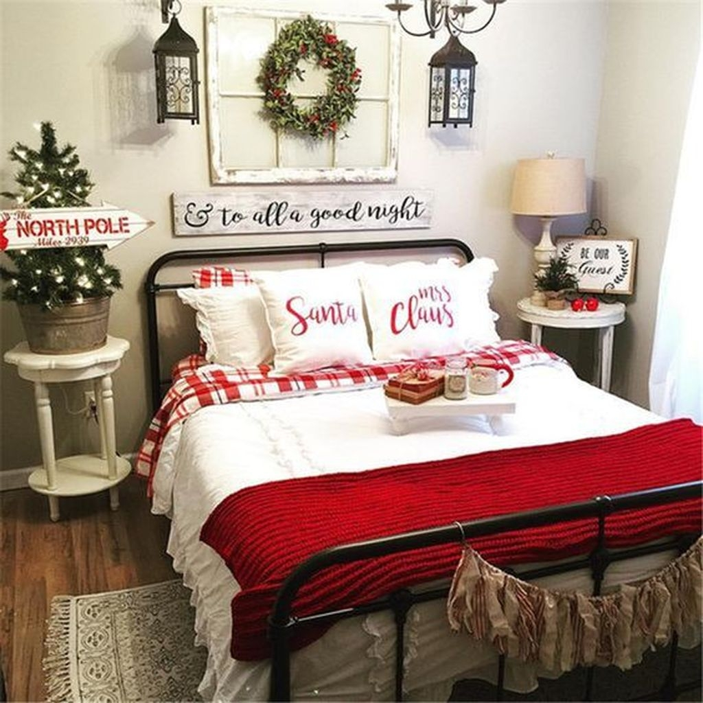 Lovely Winter Master Bedroom Decorations Ideas Best For You 43