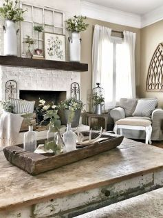 Stunning Winter Living Room Decor Ideas You Should Try 20