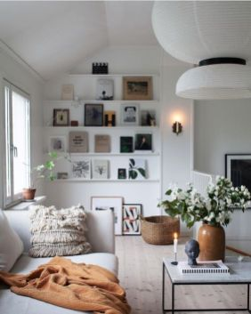 Stunning Winter Living Room Decor Ideas You Should Try 44
