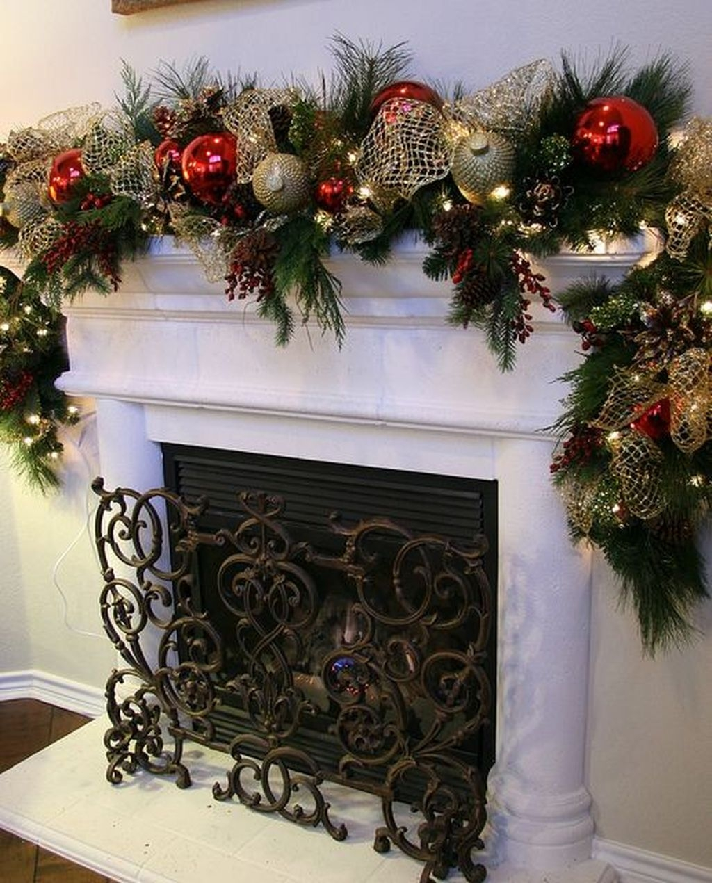 The Best Christmas Fireplace Decoration For Any Home Model 13