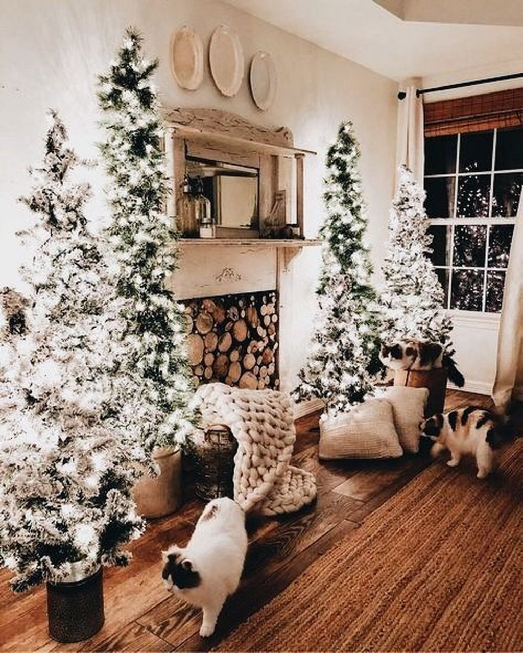 The Best Christmas Fireplace Decoration For Any Home Model 16