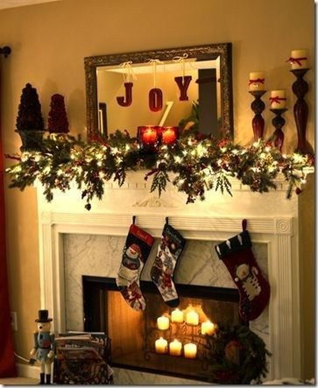 The Best Christmas Fireplace Decoration For Any Home Model 32