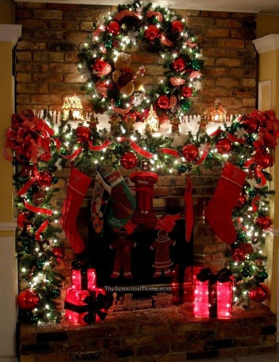 The Best Christmas Fireplace Decoration For Any Home Model 43