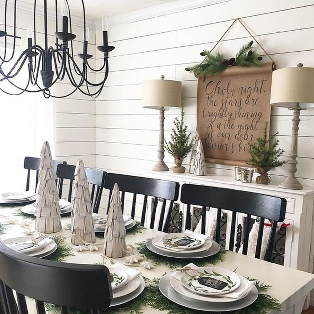 The Best Winter Dining Room Decorations 41