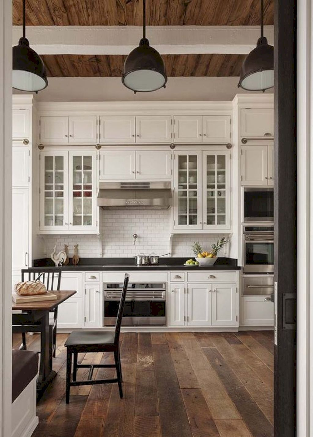 Amazing Remodeling Farmhouse Kitchen Decorations 30