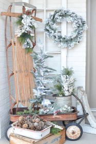 Applying Wooden Planks Correctly To Make Rustic Winter Home Decoration 29