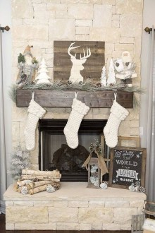 Applying Wooden Planks Correctly To Make Rustic Winter Home Decoration 37