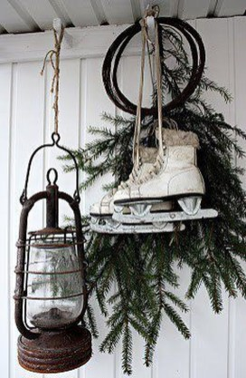 Applying Wooden Planks Correctly To Make Rustic Winter Home Decoration 44