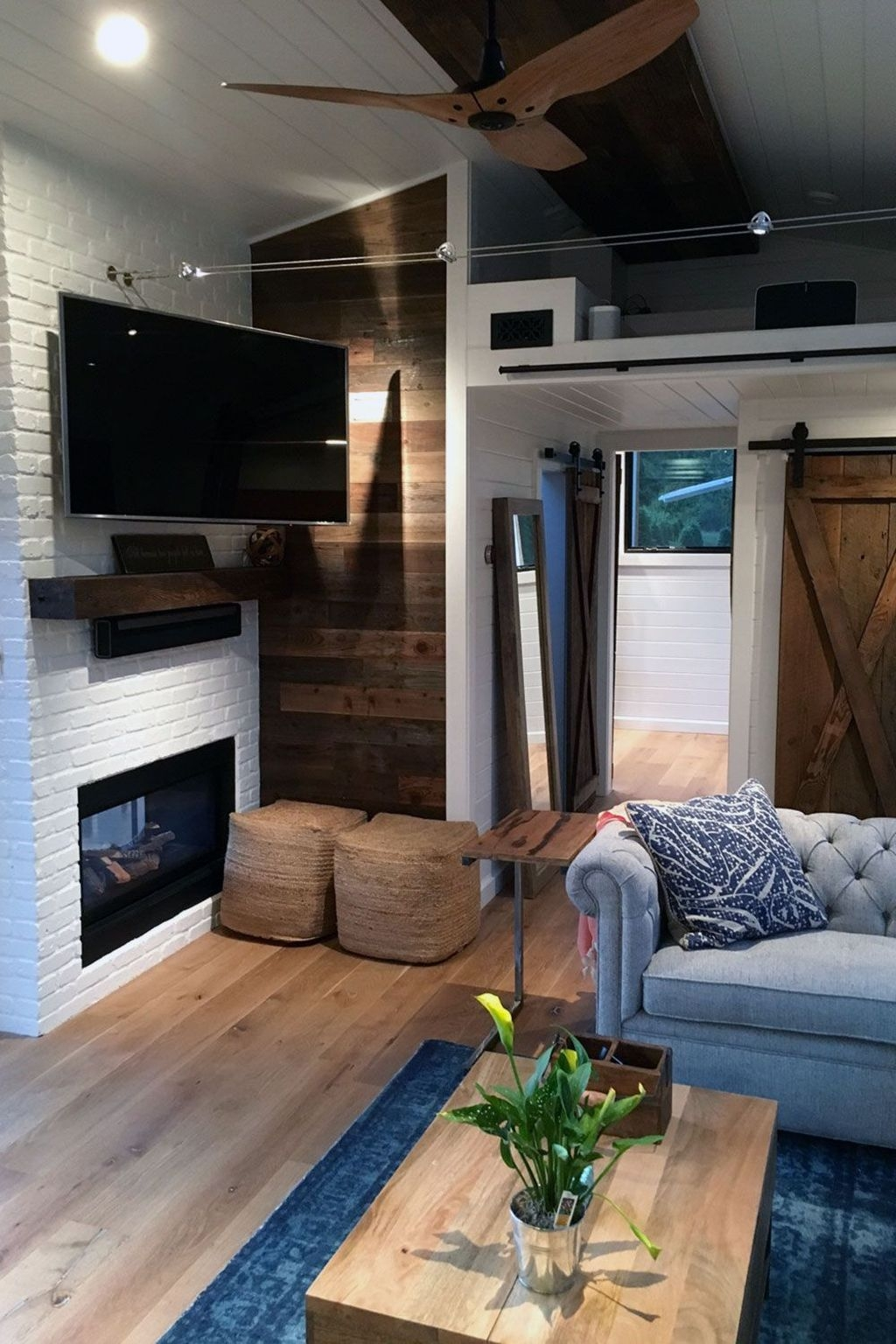 Awesome Fireplace Design Ideas For Small Houses 16