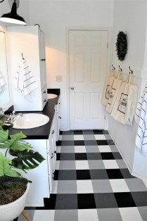 Awesome Winter Bathroom Decor You Need To Have 11