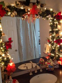 Awesome Winter Bathroom Decor You Need To Have 32