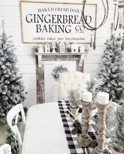 Beautiful Christmas Dining Room Decor Ideas Should You Apply This Winter 04