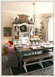 Beautiful Christmas Dining Room Decor Ideas Should You Apply This Winter 13