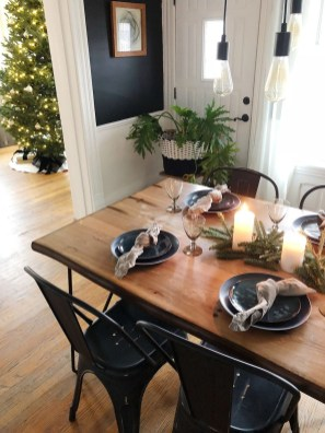 Beautiful Christmas Dining Room Decor Ideas Should You Apply This Winter 14