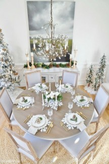 Beautiful Christmas Dining Room Decor Ideas Should You Apply This Winter 32