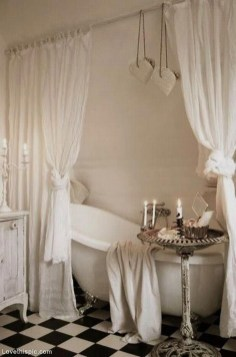 Beautiful Romantic Bathroom Decorations 31