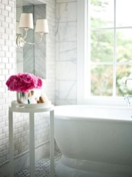 Beautiful Romantic Bathroom Decorations 36