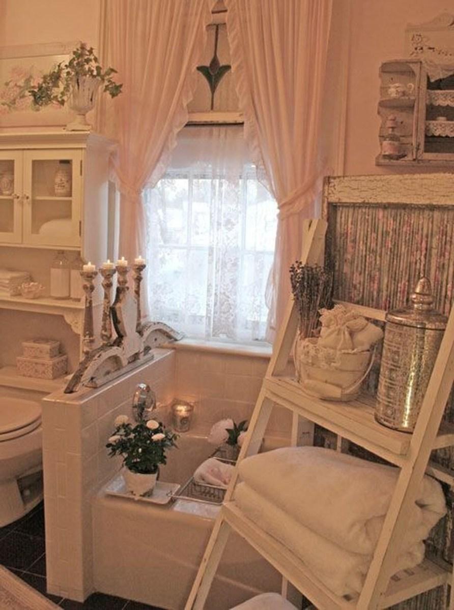 Beautiful Romantic Bathroom Decorations 40