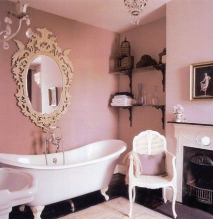 Beautiful Romantic Bathroom Decorations 42