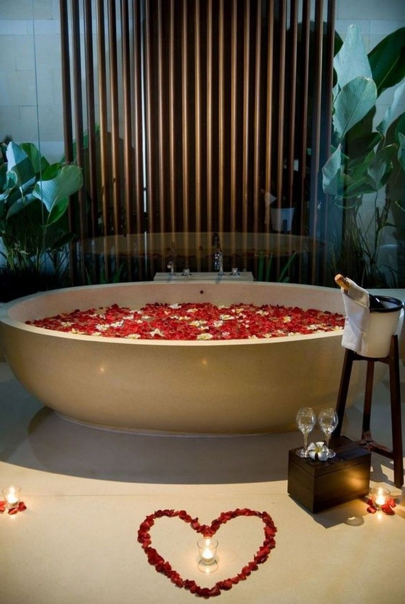 Beautiful Romantic Bathroom Decorations 44