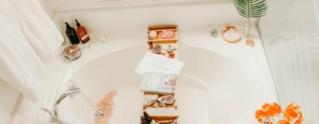 Beautiful Romantic Bathroom Decorations 46