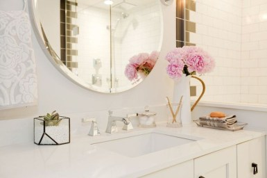 Beautiful Romantic Bathroom Decorations 47