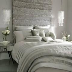 Beautiful White Bedroom Design Ideas 17