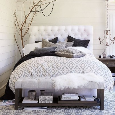 Beautiful White Bedroom Design Ideas 22