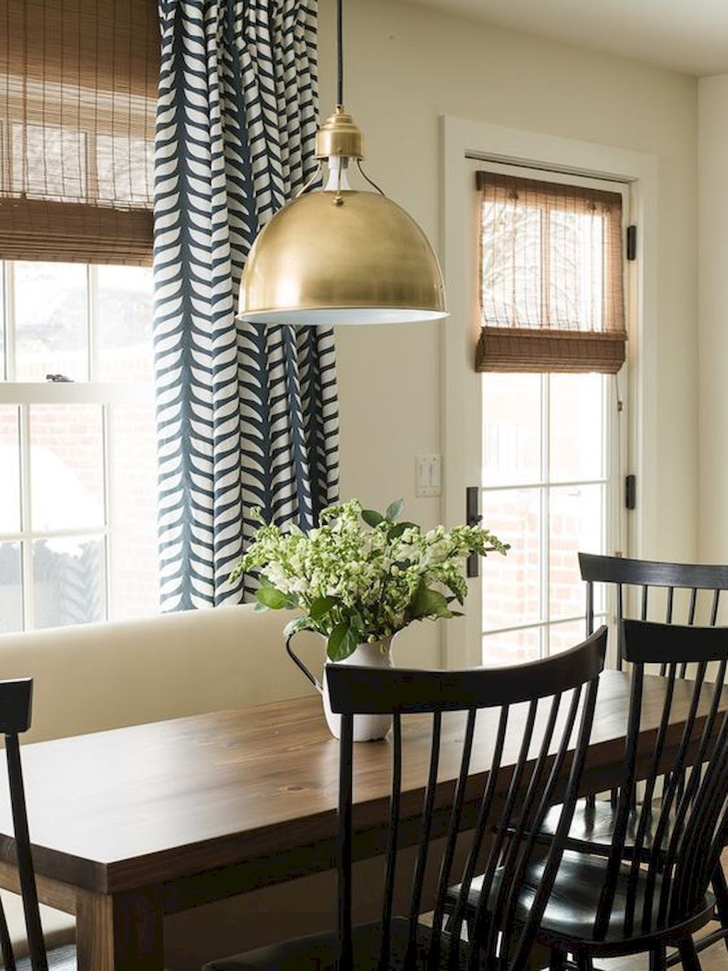 Choosing The Right Farmhouse Dining Room Table 14
