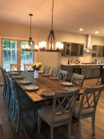 Choosing The Right Farmhouse Dining Room Table 19