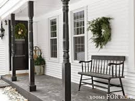 Lovely Winter Front Porch Decoration That Will Make Your Porch Looks Beautiful 44