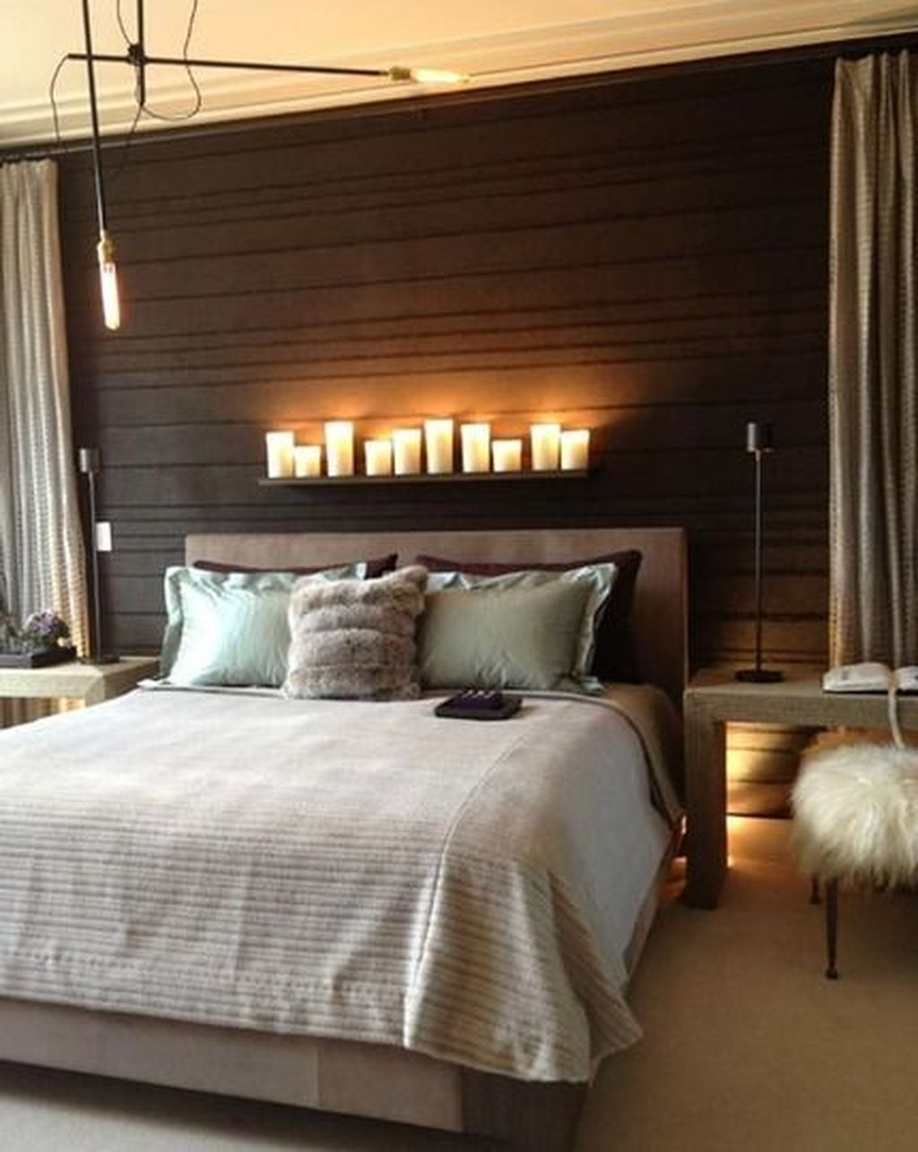 Make Your Bedroom More Romantic With These Romantic Bedroom Decorations 07