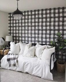 Modern Minimalist House Design In Black And White Color Scheme 40