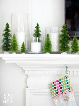 Nice Mantel Decorations Best For Winter 09